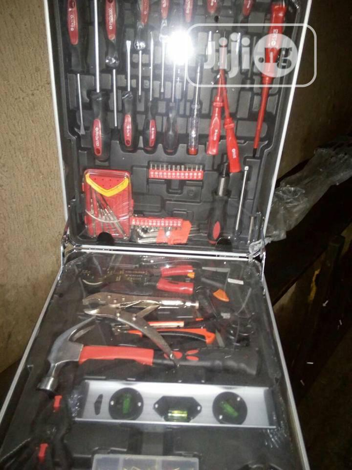 Archive: Complete Set Tool Box