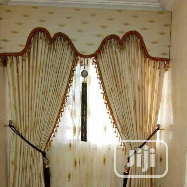 Royal Curtains With Board