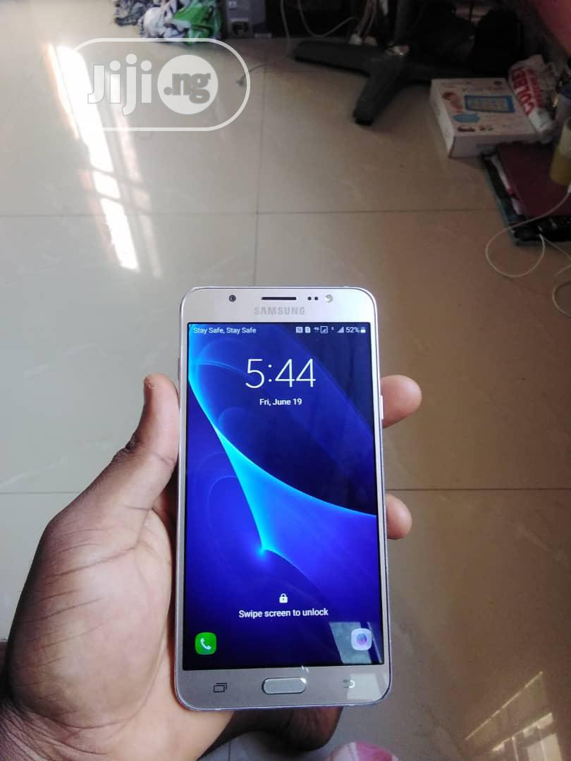 Samsung Galaxy J7 16 GB Gold | Mobile Phones for sale in Ikeja, Lagos State, Nigeria