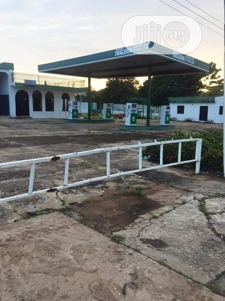 Well Maintained Used Filling Station For Sale