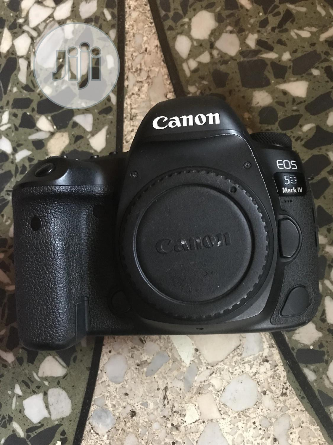 DSLR, Studio Equipment For Rent | Photography & Video Services for sale in Isolo, Lagos State, Nigeria