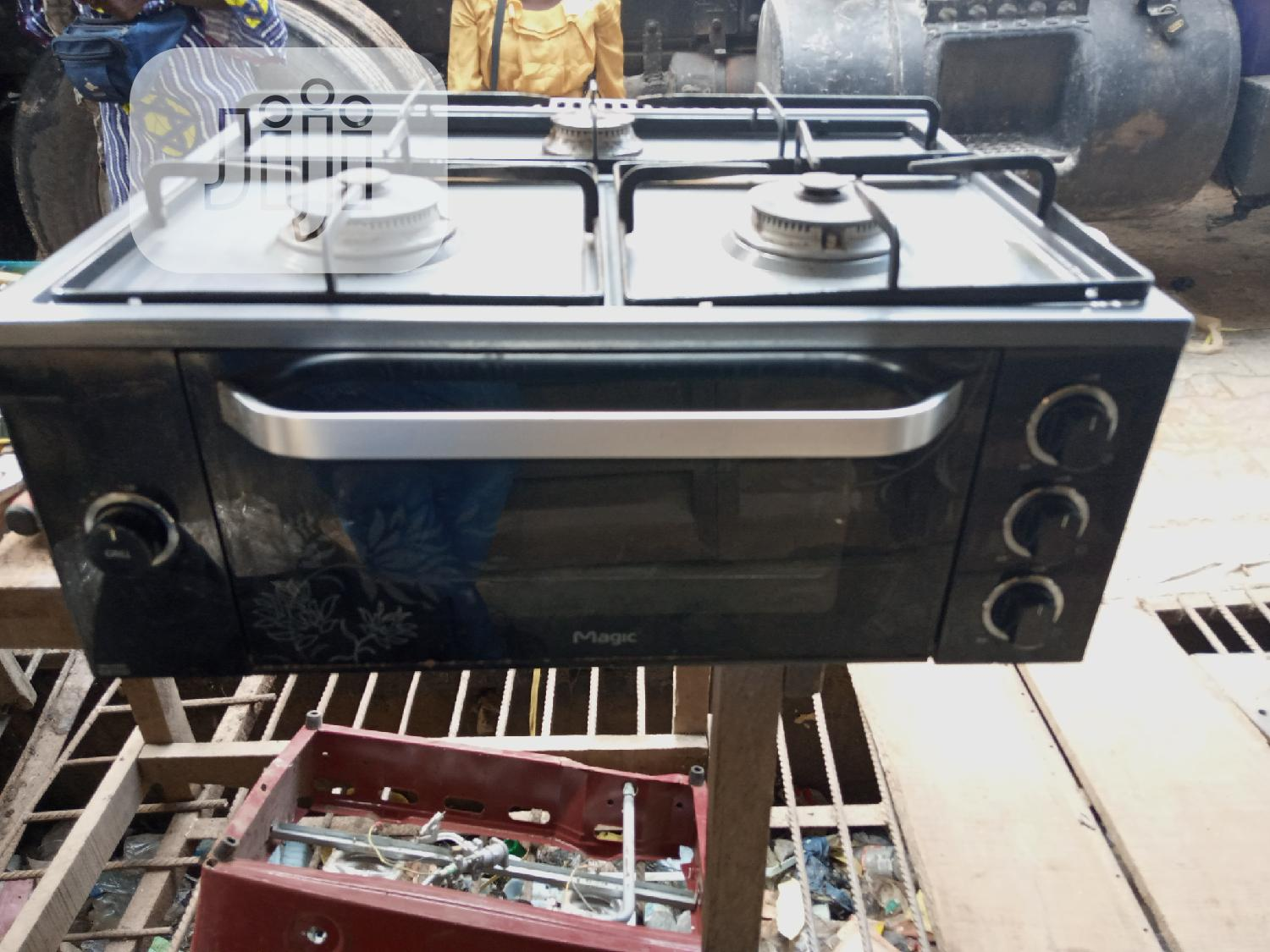 UK Fairly Used Magic 3 Bunner Cooker And Grill Oven