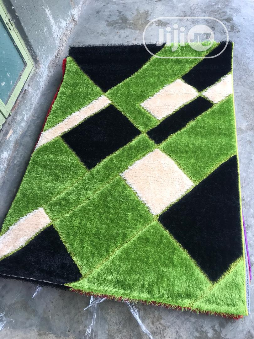 Archive: Shaggy Rug With Different Colours And Designs