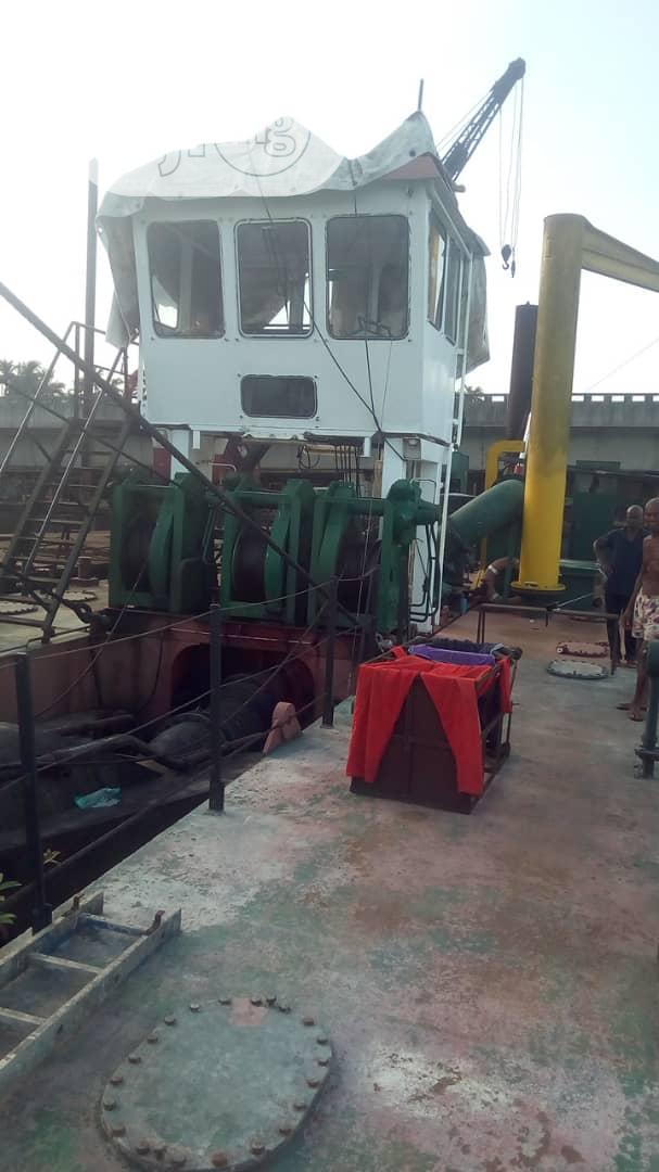 "22/20"" Ihc Dredger 