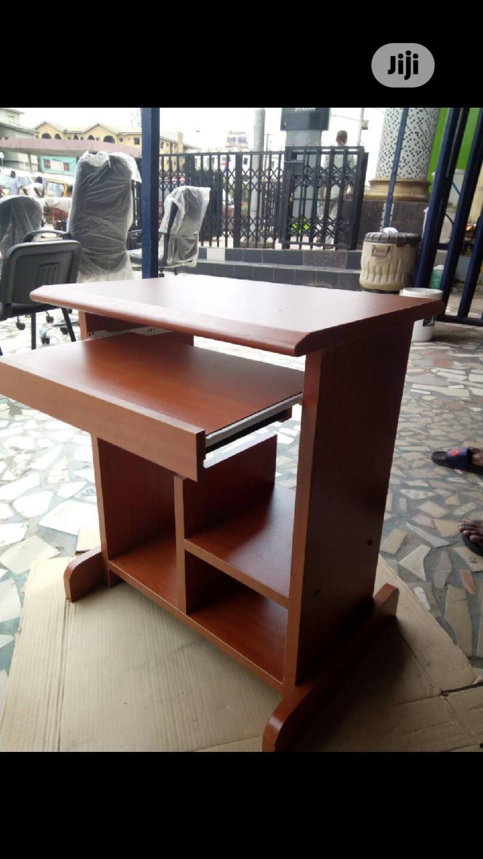 Computer Desk 775