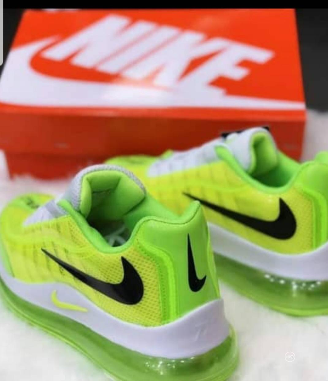 Classy Nike Sneakers | Shoes for sale in Amuwo-Odofin, Lagos State, Nigeria