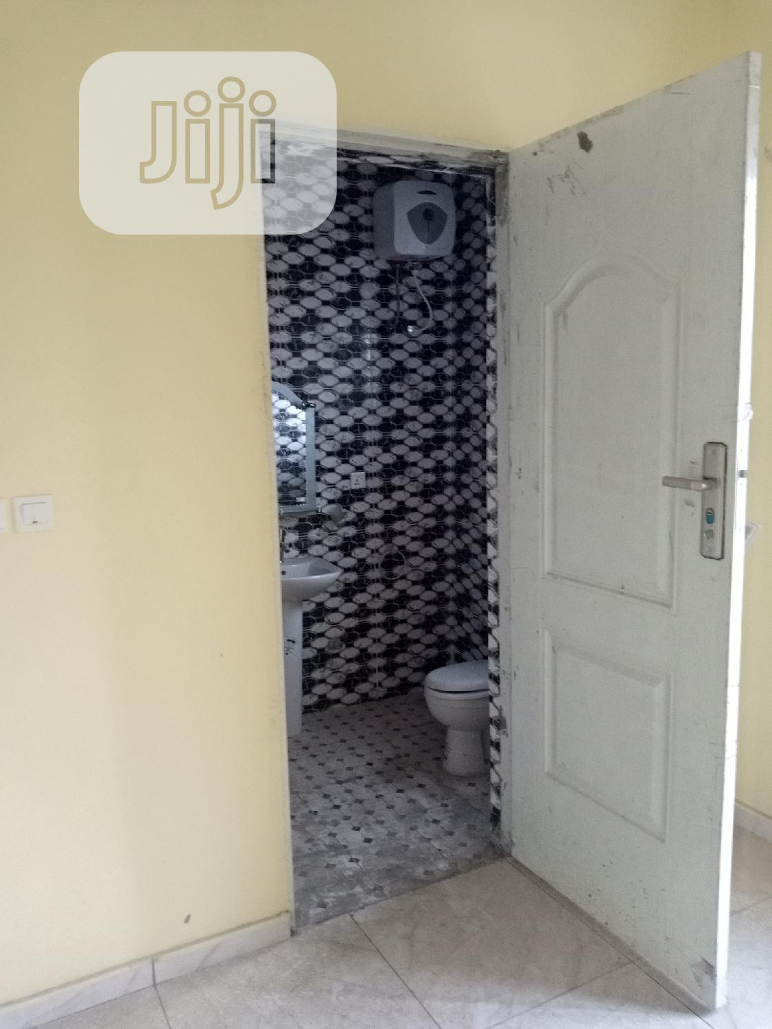 5 Bedrooms Duplex In Crown Estate   Houses & Apartments For Sale for sale in Lekki, Lagos State, Nigeria