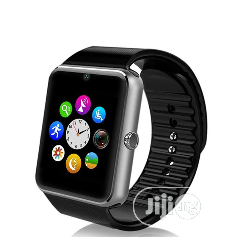 GT08 Wearable Smartwatch With Bluetooth And Hands Free Call