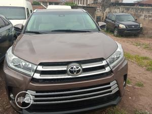 Toyota Highlander 2018 XLE 4x4 V6 (3.5L 6cyl 8A) Brown | Cars for sale in Oyo State, Ibadan