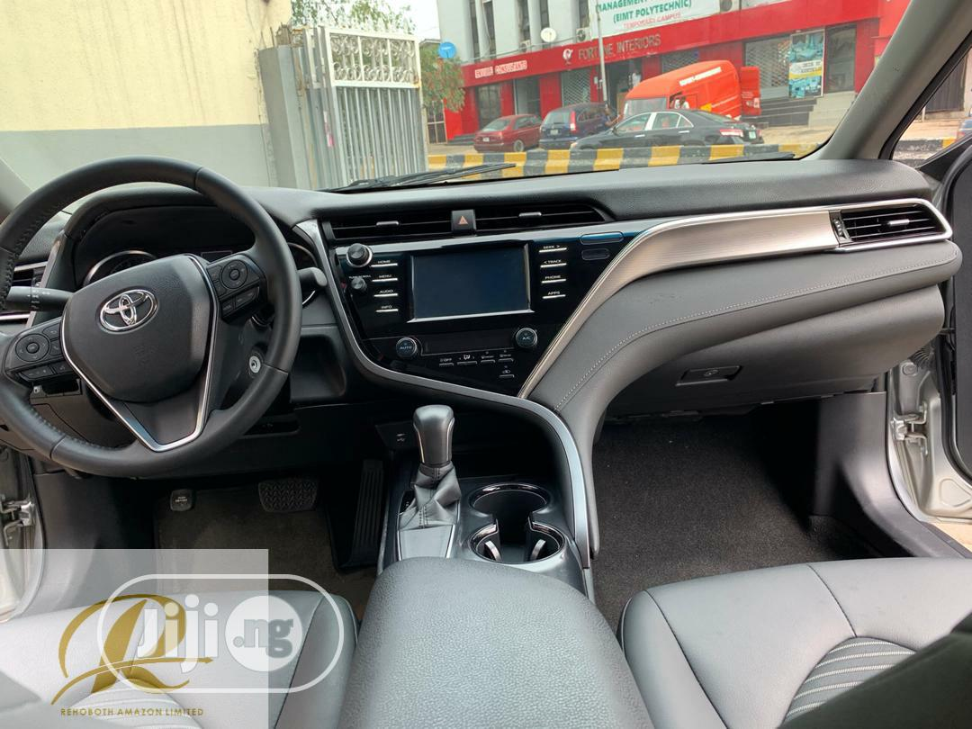 Toyota Camry 2017 Silver | Cars for sale in Surulere, Lagos State, Nigeria