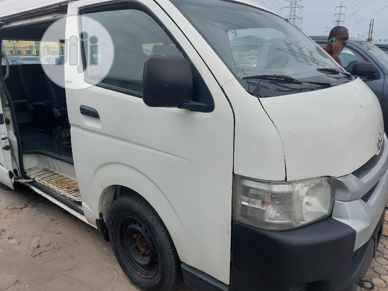Archive: Toyota Hiace 2013 Model