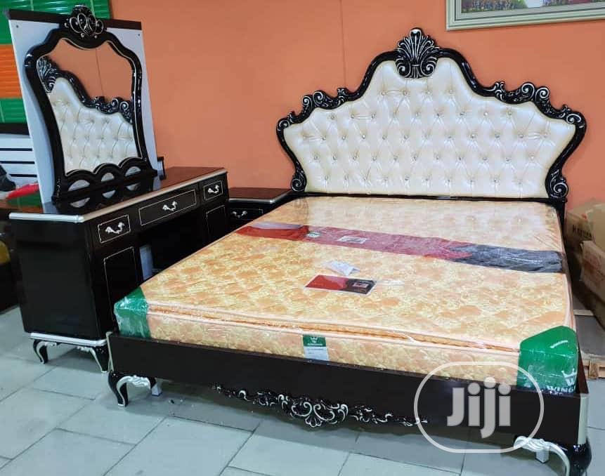 High Quality Royal Bed