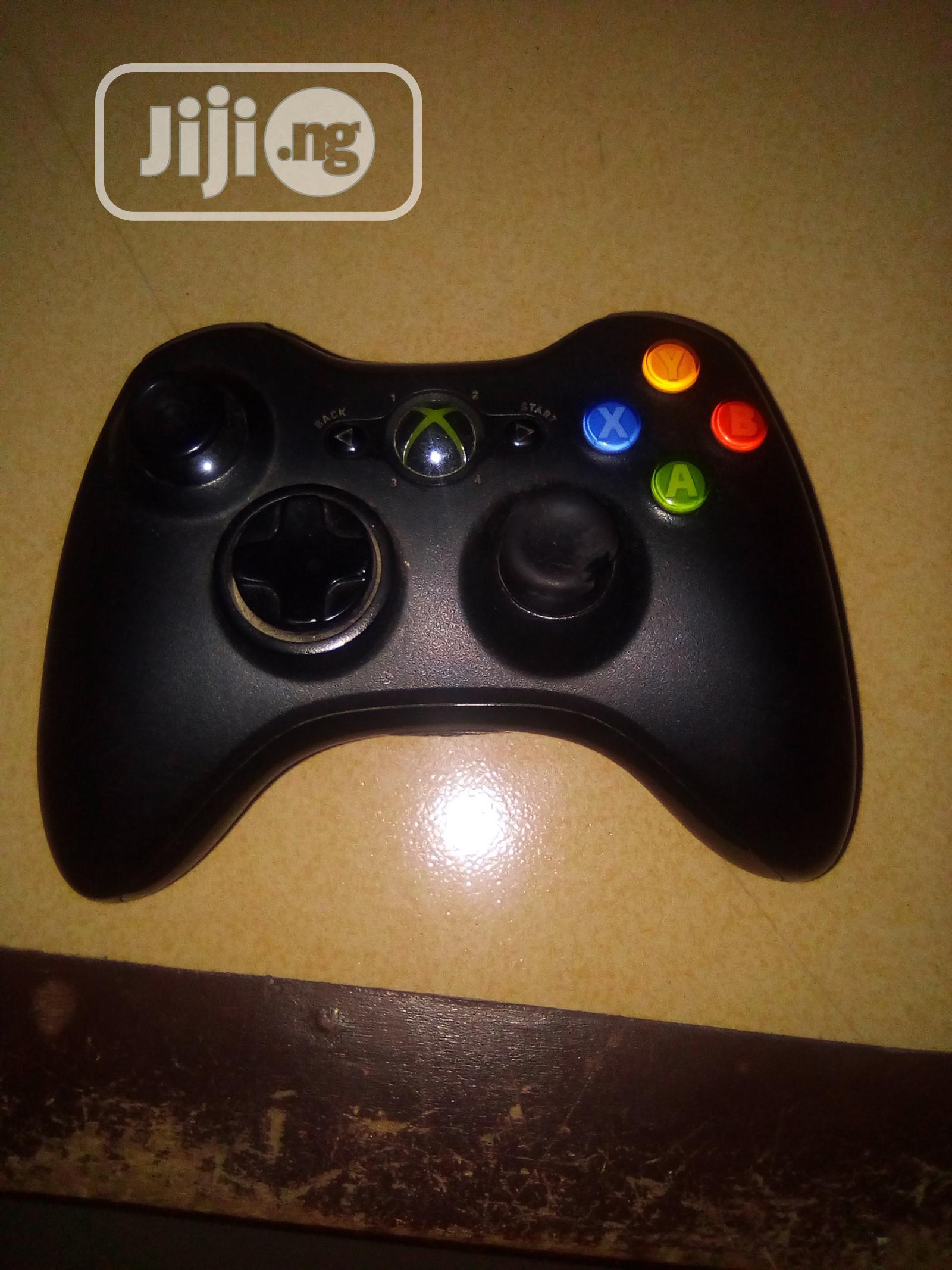Archive: Xbox 360 Wireless Pad Black