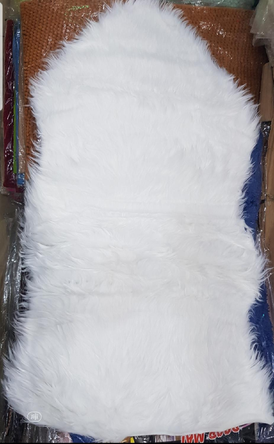 Fur Rug For SNAPPING OF GOODS (60×90)