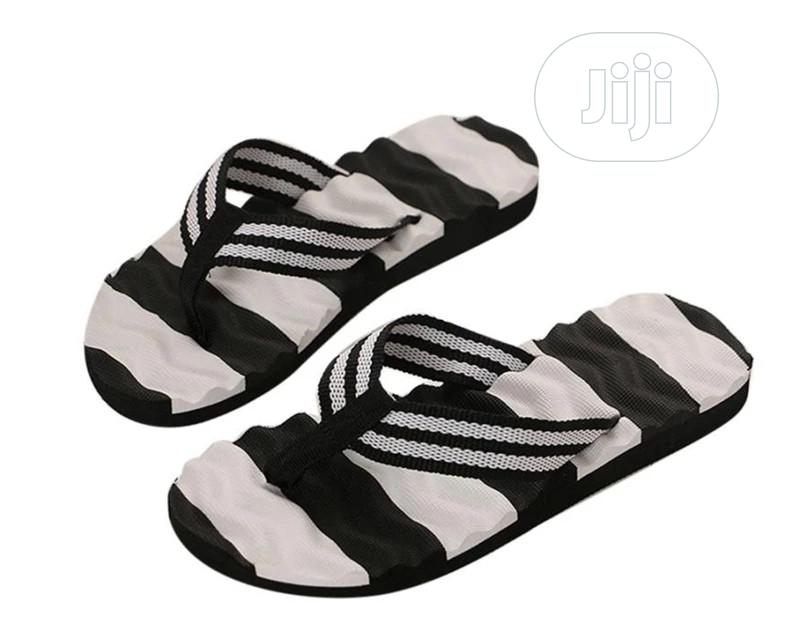 Simple And Comfortable Flip Flop
