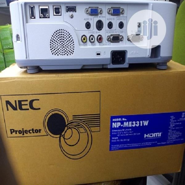 Nec Np-me331w Projector (Few Hours Used)