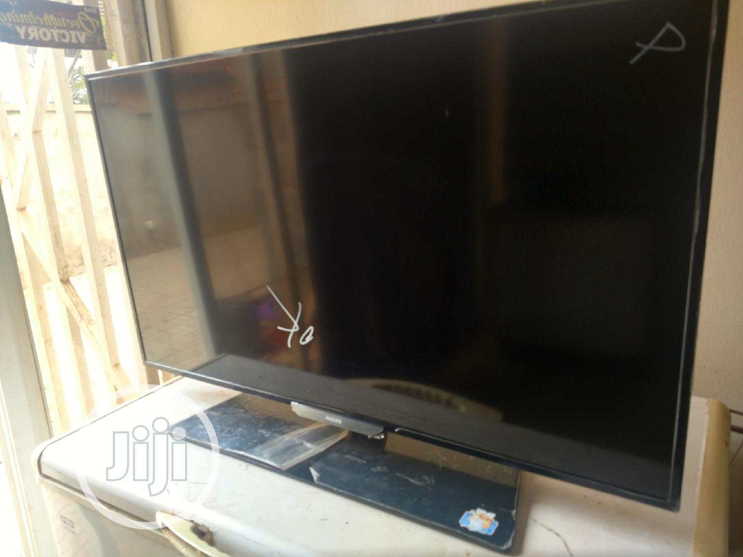 43 Inches Philips LED Tv | TV & DVD Equipment for sale in Gwarinpa, Abuja (FCT) State, Nigeria