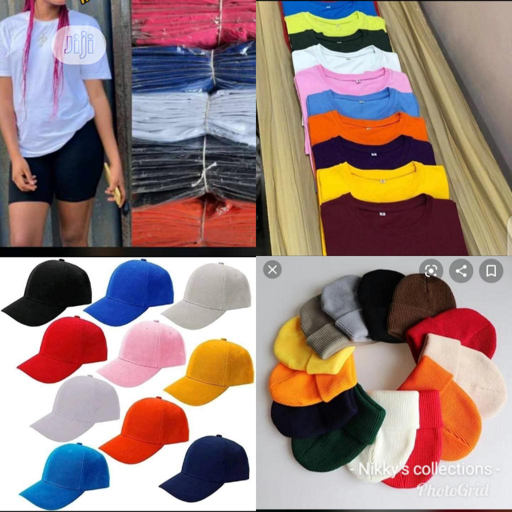 Archive: Plain Tees With Cap