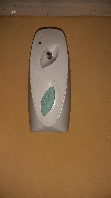 Airwick Freshmatic Automatic Spray