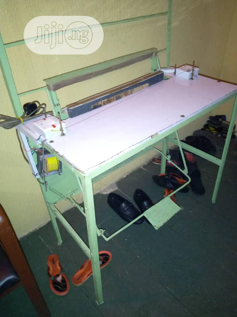 Manual Pedal Nylon Cutting And Sealing Machine