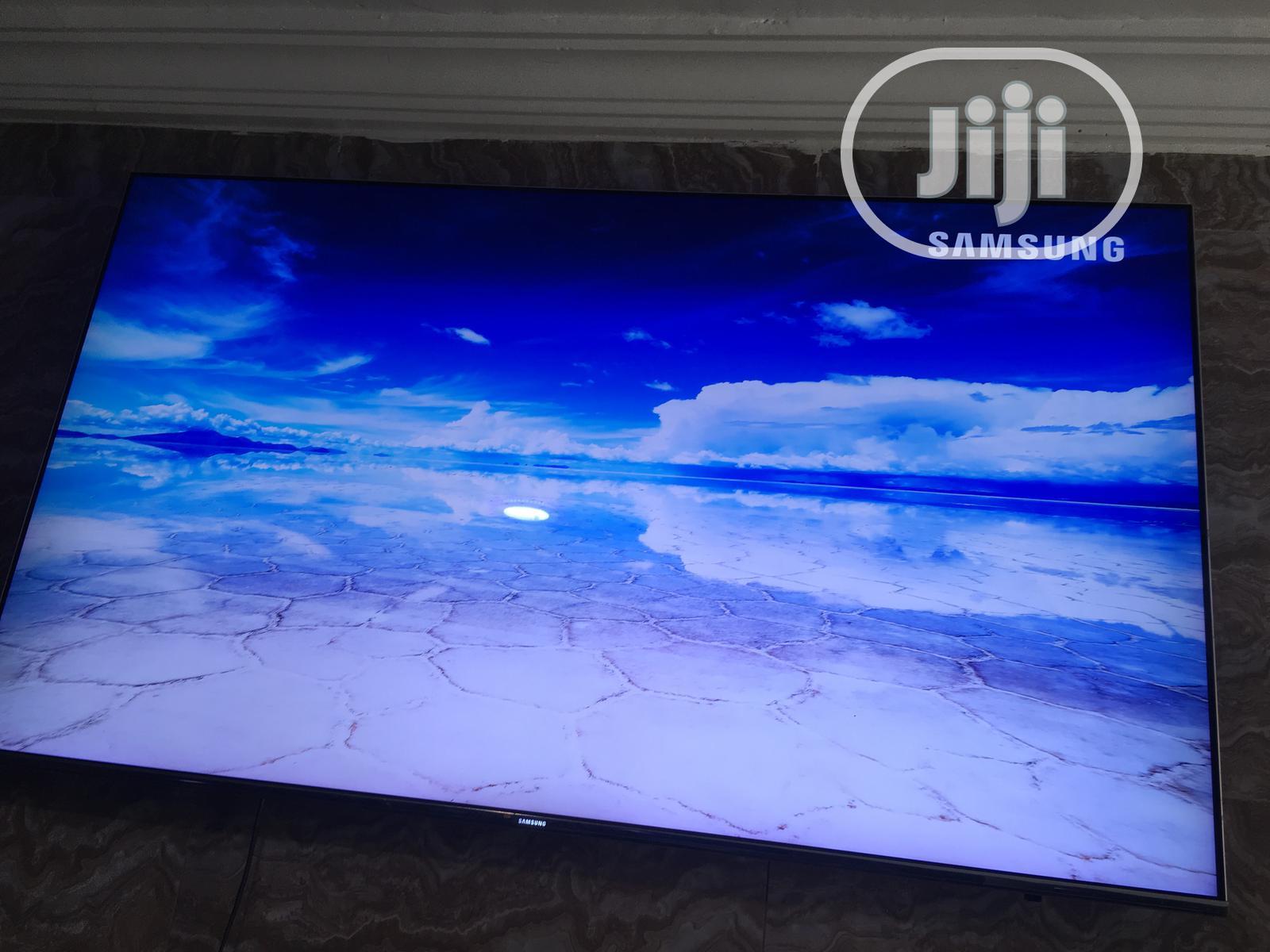 "55""Samsung Smart Quantum Dot Suhd Display"