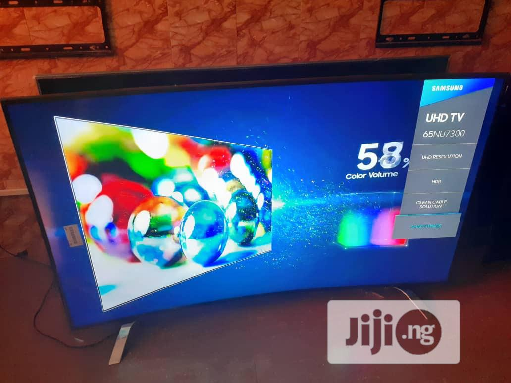 "Samsung 65"" 2018 Curved 4k Uhd Smart Tv 
