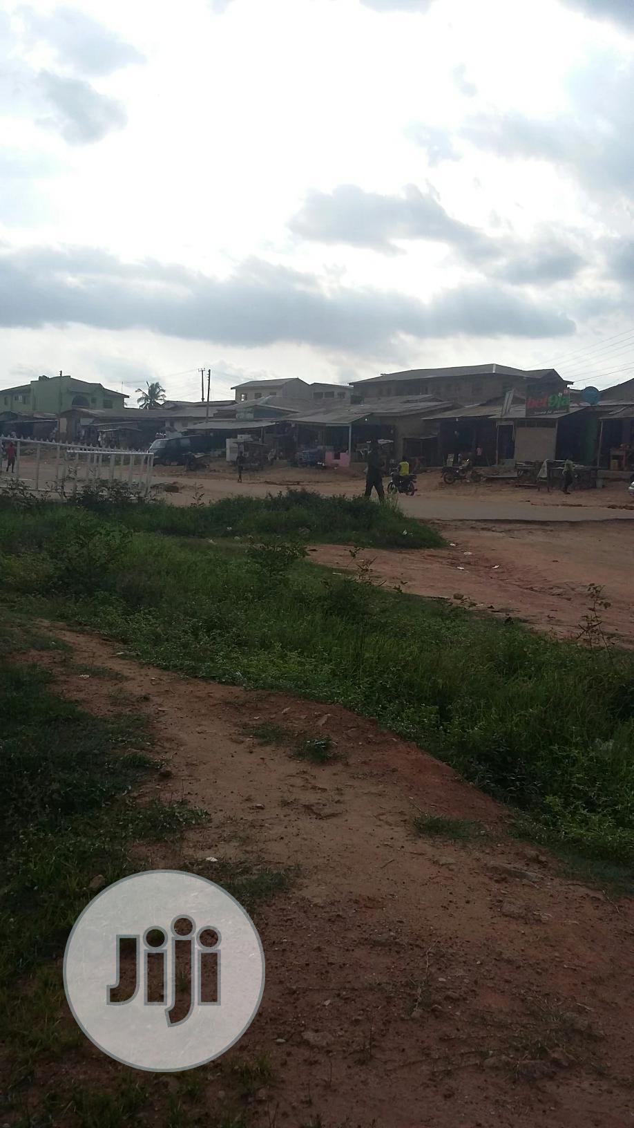 Archive: Open Land Located on the Road at Giwa Area Good for Car Wash