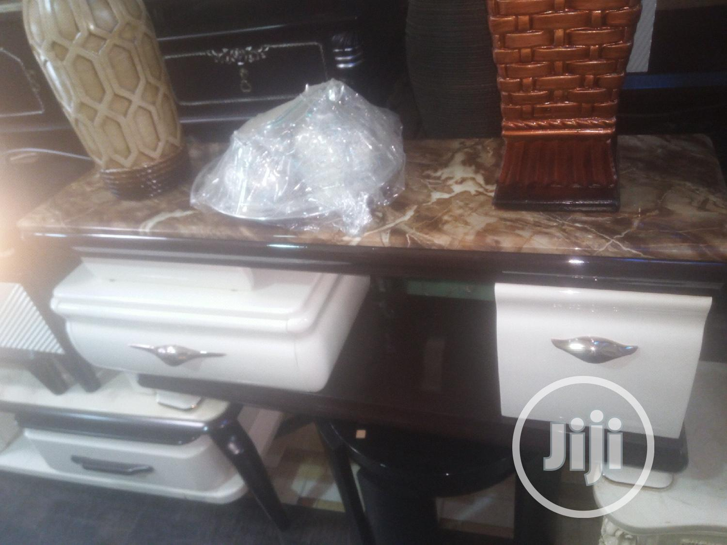 Archive: Adjustable Marble Top Tv Stand