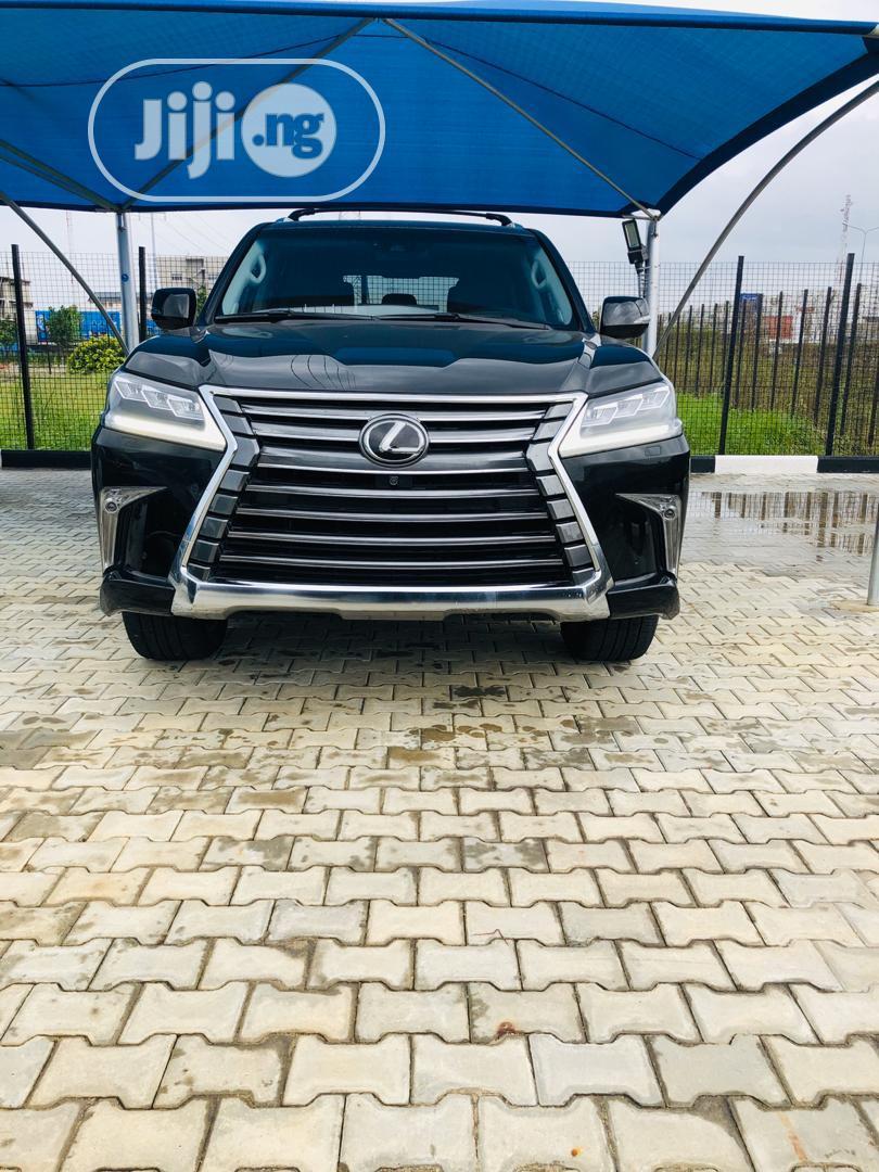 Lexus LX 570 2018 Black