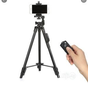YUNGTENG VCT-5208RM Smartphones Tripod Stand +Remote Control | Accessories & Supplies for Electronics for sale in Rivers State, Port-Harcourt
