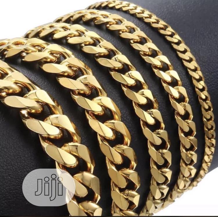 Choker Jewelries