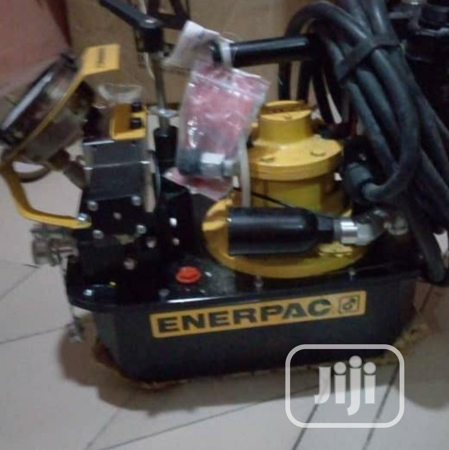 Enerpac ZA4204TX-Q, Two Speed, Air Hydraulic Torque Wrench Pump