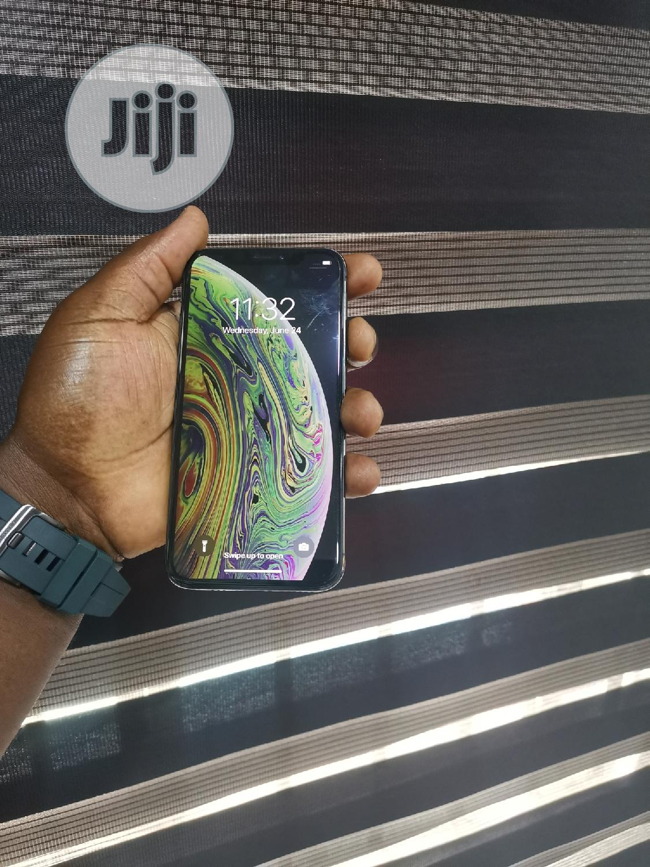 Apple iPhone XS 64 GB Gray