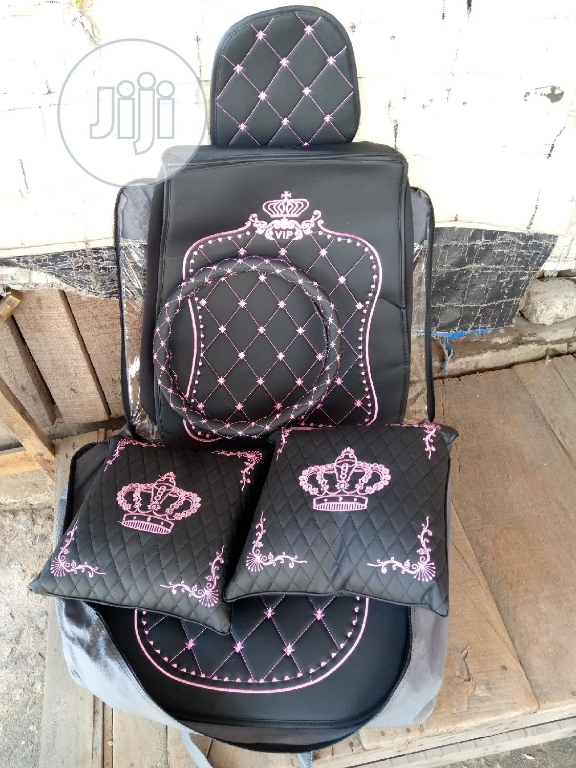 Crown Seat Cover
