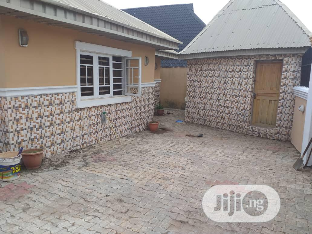 Newly Built 3 Bedroom Bungalow At Ologuneru Ibadan | Houses & Apartments For Sale for sale in Ibadan, Oyo State, Nigeria