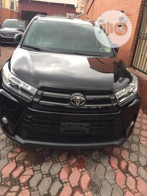 Toyota Highlander 2017 Black   Cars for sale in Lagos State, Surulere