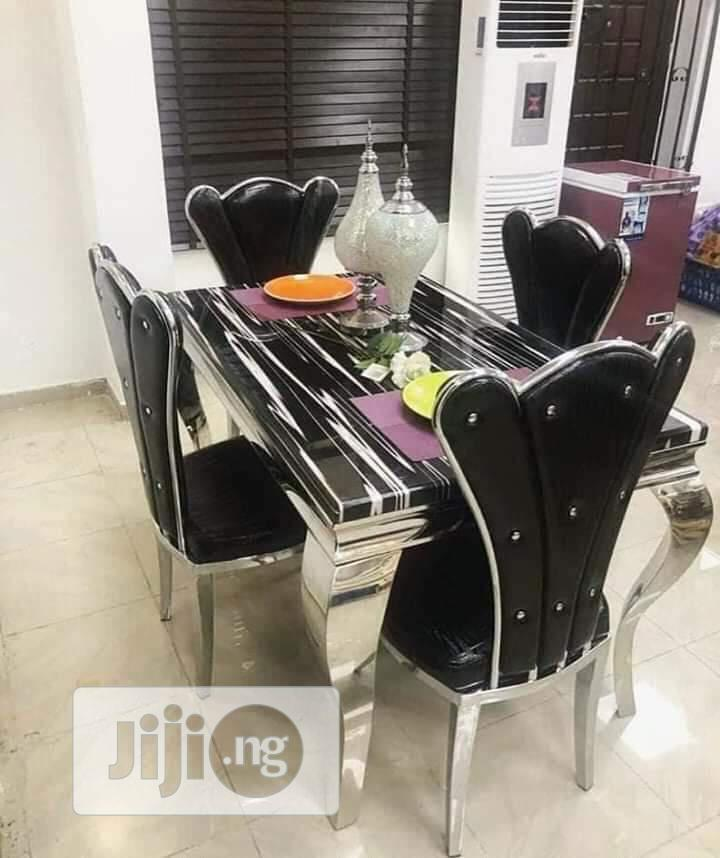 Archive: Marble Dinning Set