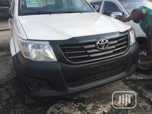 Toyota Hilux 2012 2.7 VVT-i 4X4 SRX White | Cars for sale in Lagos State, Ikeja