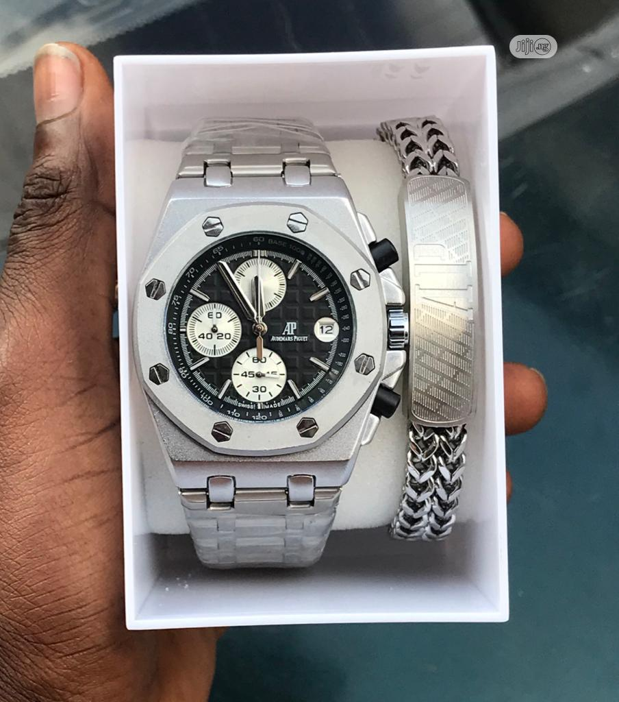 AUDEMARS PIGUET With One (1) Stainless Steel Bracelets