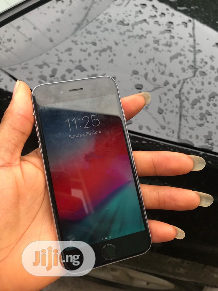 Apple iPhone 6s 64 GB