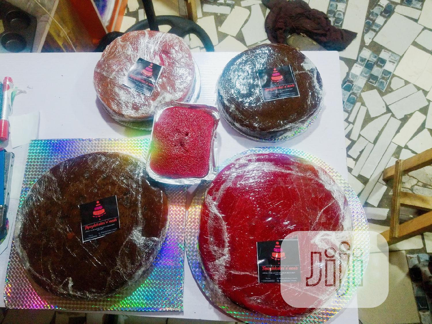 Archive: Uniced Cakes