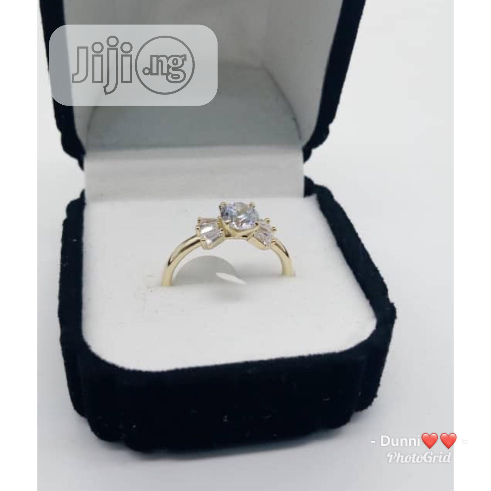 Archive: Classic Engagement/Proposal Ring