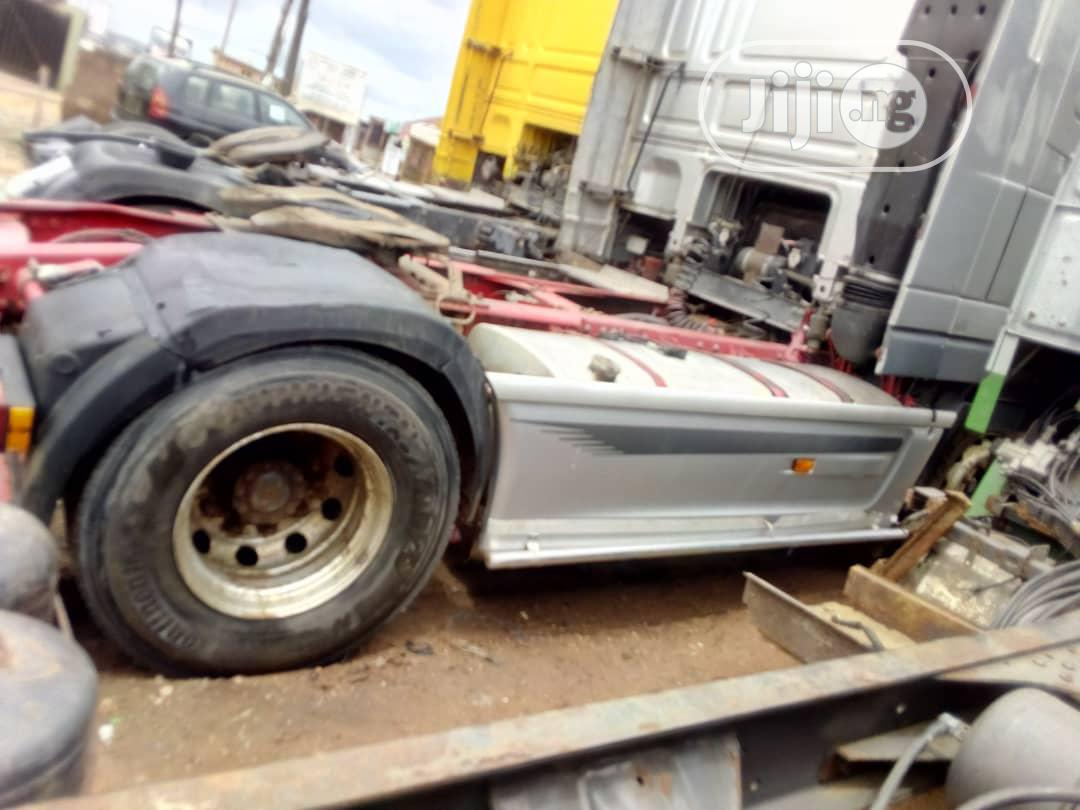 Daf XF 95 2006 Yellow   Trucks & Trailers for sale in Abeokuta South, Ogun State, Nigeria
