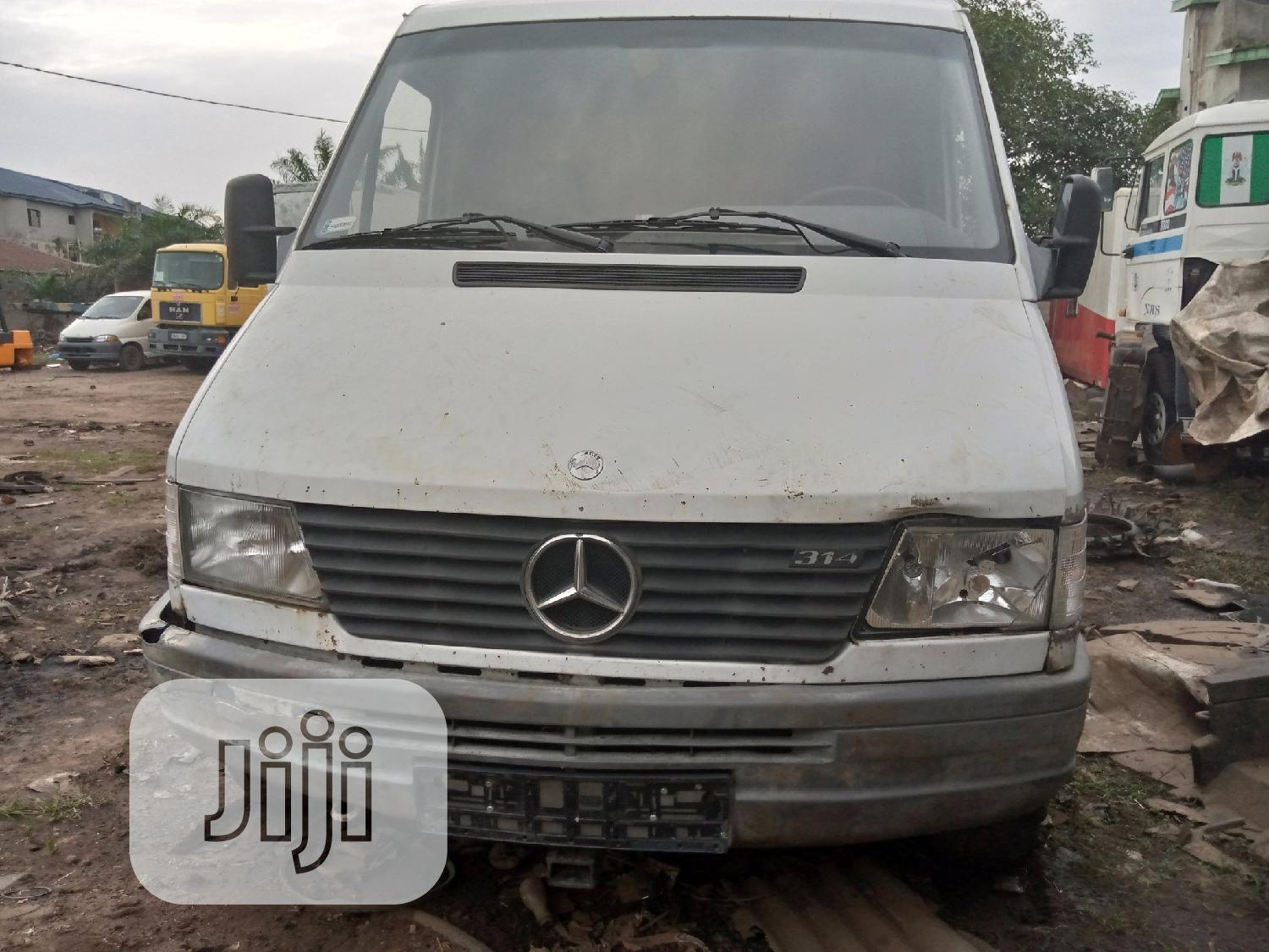 Mercedes Benz Sprinter Petrol Engine , Long Chassis