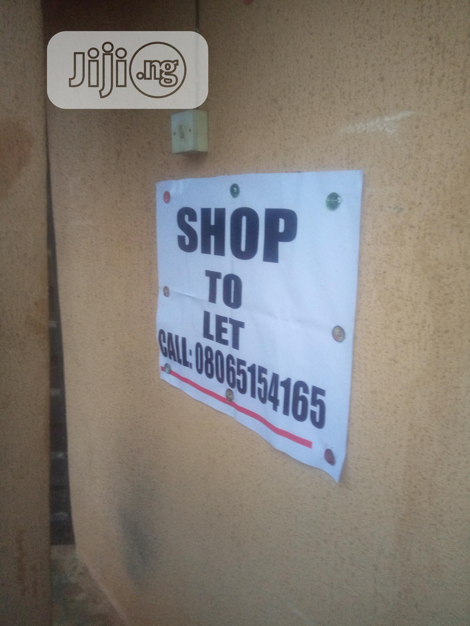 3 Storey Building At Fegge, Onitaha | Houses & Apartments For Sale for sale in Onitsha, Anambra State, Nigeria