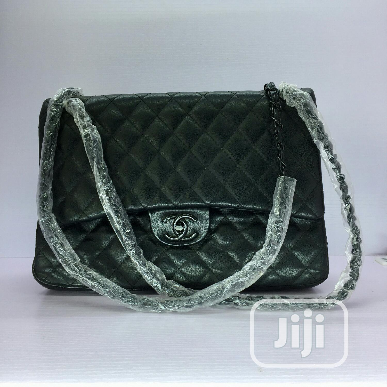 Tovivans Trendy Tote Bag
