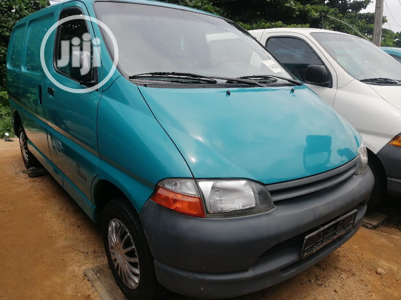 Toyota Hiace Bus Short Van 2002 Model Blue
