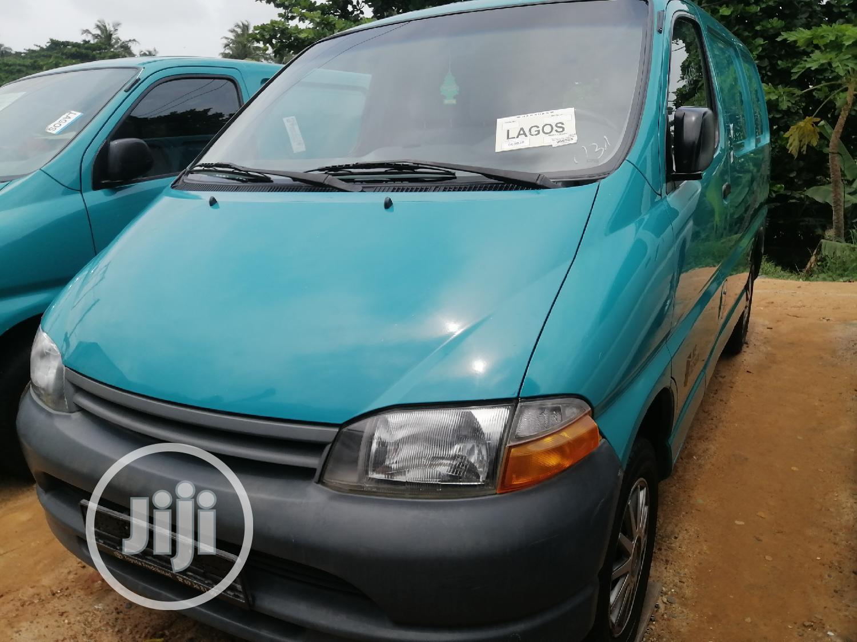 Toyota Hiace Bus Short Van 2002 Model Blue   Buses & Microbuses for sale in Apapa, Lagos State, Nigeria