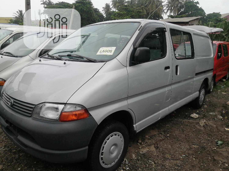 Toyota Bus Long Van Gray 2002 | Buses & Microbuses for sale in Apapa, Lagos State, Nigeria