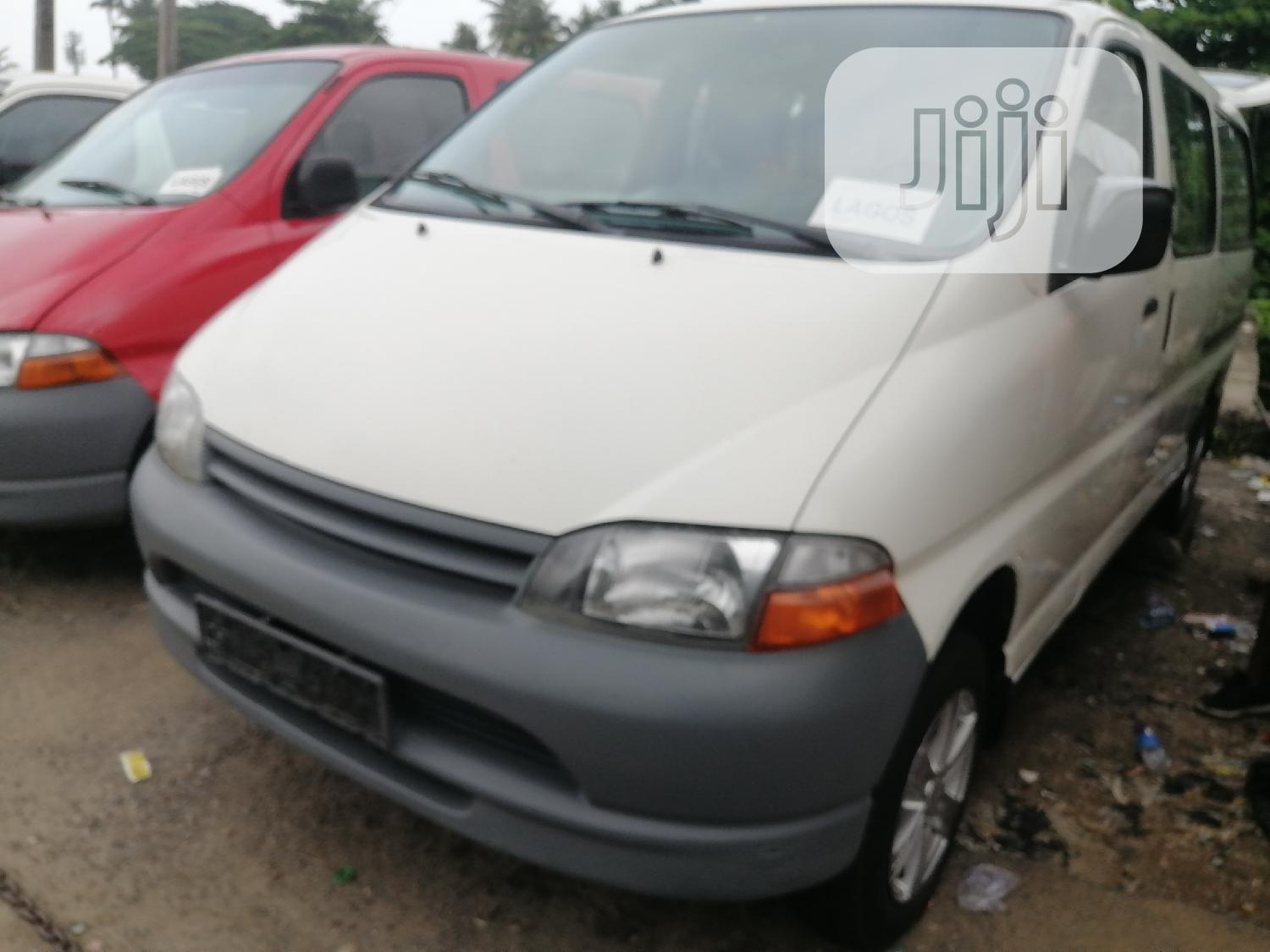 Toyota Hiace Bus White Colour Long Body Accidents Free | Buses & Microbuses for sale in Apapa, Lagos State, Nigeria